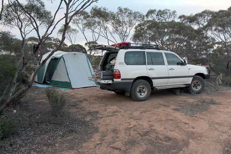 Bush camp near Cocklebiddy
